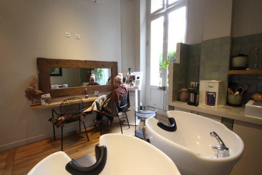 R novation salon de coiffure paris for Salon de coiffure libanais paris