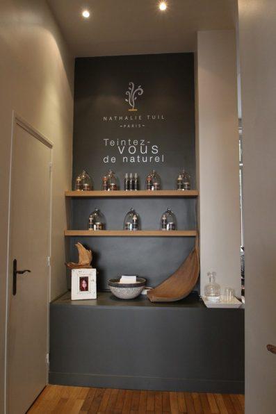 Architecture intérieure salon coiffure ETAGERES SUSPENDUE (3)